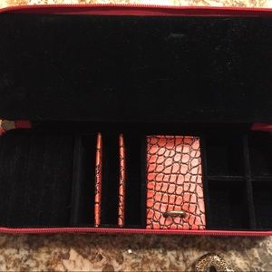 Jewelry - Men's Women's Alligator Zip Travel or Jewelry Case
